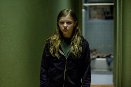 Chloe Moretz em DEIXE-ME ENTRAR (LET ME IN), Hammer